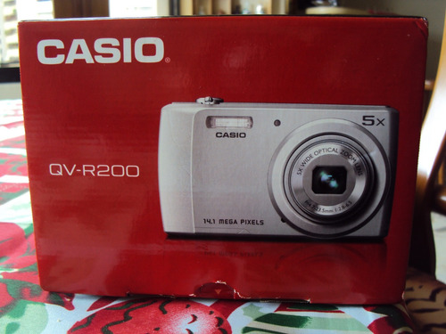camara digital casio qv-r200 de 14.1 mpx