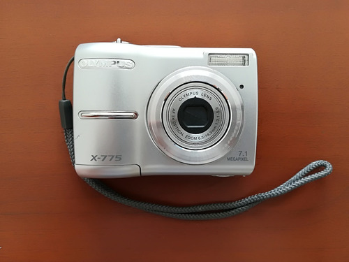 cámara digital olympus x-775