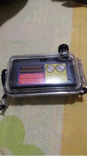 cámara fotográfica de rollo  con protector para agua