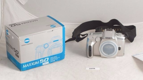cámara fotográfica konica minolta maxxum 50 lente af28-100