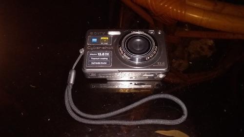 camara fotografica sony 13.6 mp