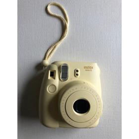 Camara Fuji Film Instax Mini 8. Como Nueva ! Y Un Rollo