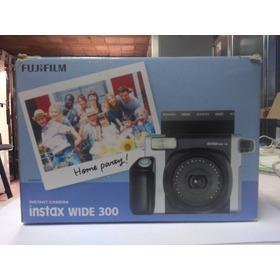 Cámara Fujifilm Instax Wide 300 Incluye Cartuchos