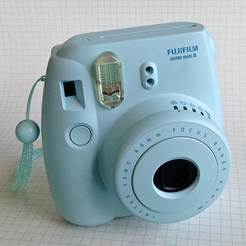 cámara instantánea instax mini 8
