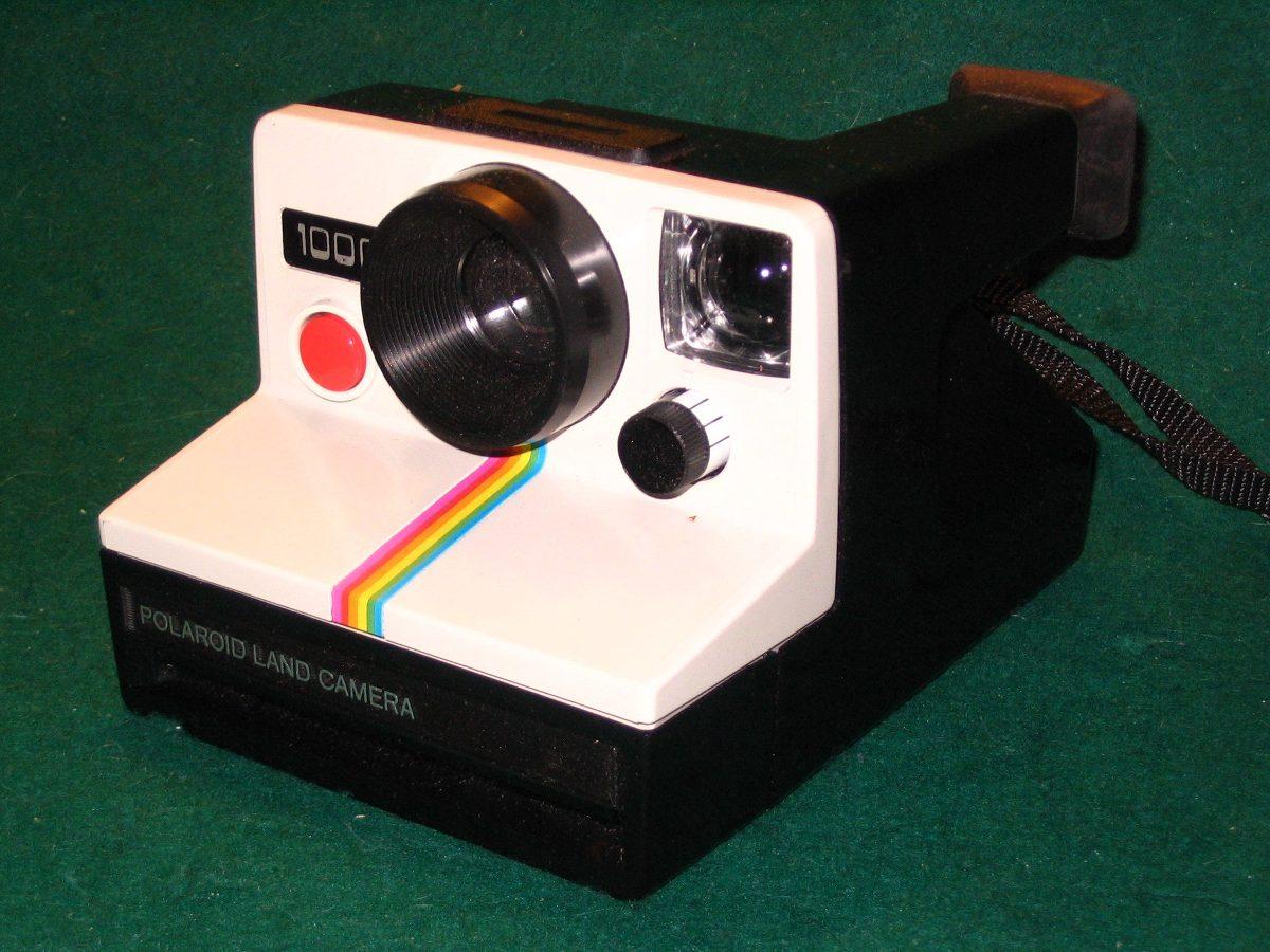 a661069c15d07 cámara instantánea polaroid land 1000 inglesa con manual. Cargando zoom.