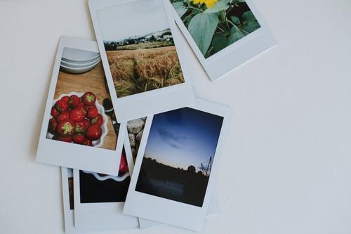 cámara instax mini 70 roja  10 fotos