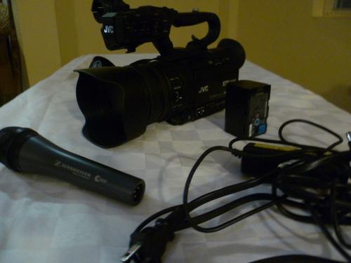 cámara jvc200 4k memory card gy-hm200v, equipo completo