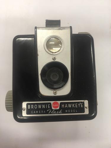 cámara kodak brownie hawkeye antigua con flash