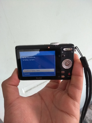 cámara kodak m1063 perfecto estado. no hay cargador ni memor