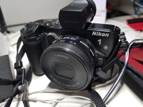 camara nikon 1 v3 visor digital y grip impecable (sin lente)