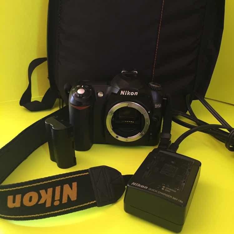 Camara Nikon D50 Lente 70-300 Nikon Autofocus Cargador Etc - $ 2,950 00