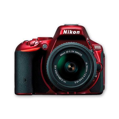 cámara nikon d5500 roja +18-55mm + sd8 gb +maletin+ tripode