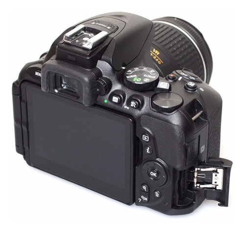 camara nikon d5600 kit18-55 reflex 24mp full hd wifi  nueva.