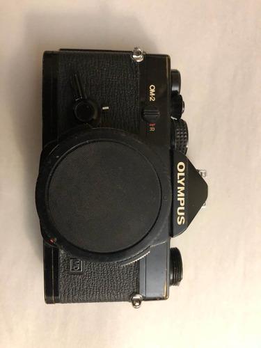 cámara olympus om-2