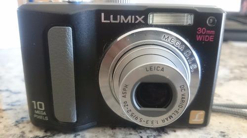 camara panasonic lumix usada de 10 mp usa baterías aa
