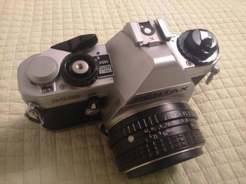 cámara pentax mg con lente 50mm 1.7 smc