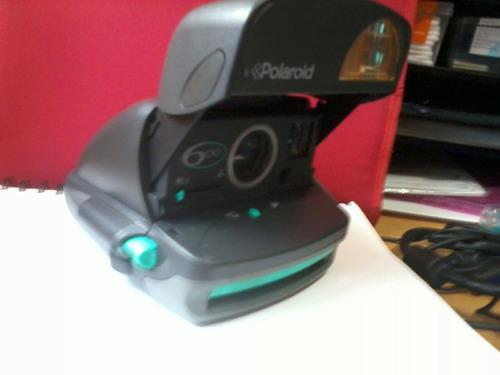 camara polaroid 600