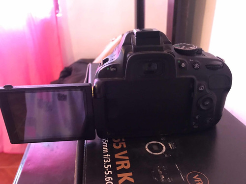 cámara profesional marca nikon d5100 18-55 vr