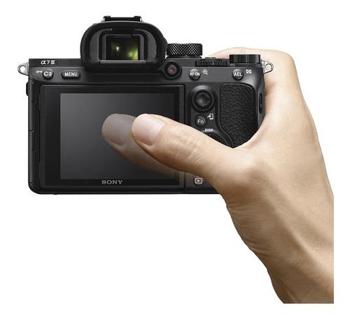 cámara profesional sony de 24.2 mp montura e - ilce-7m3