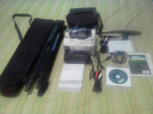 camara sony  handycam con tripoide electrico y acesorios