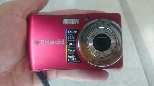 cámara táctil polaroid t1235