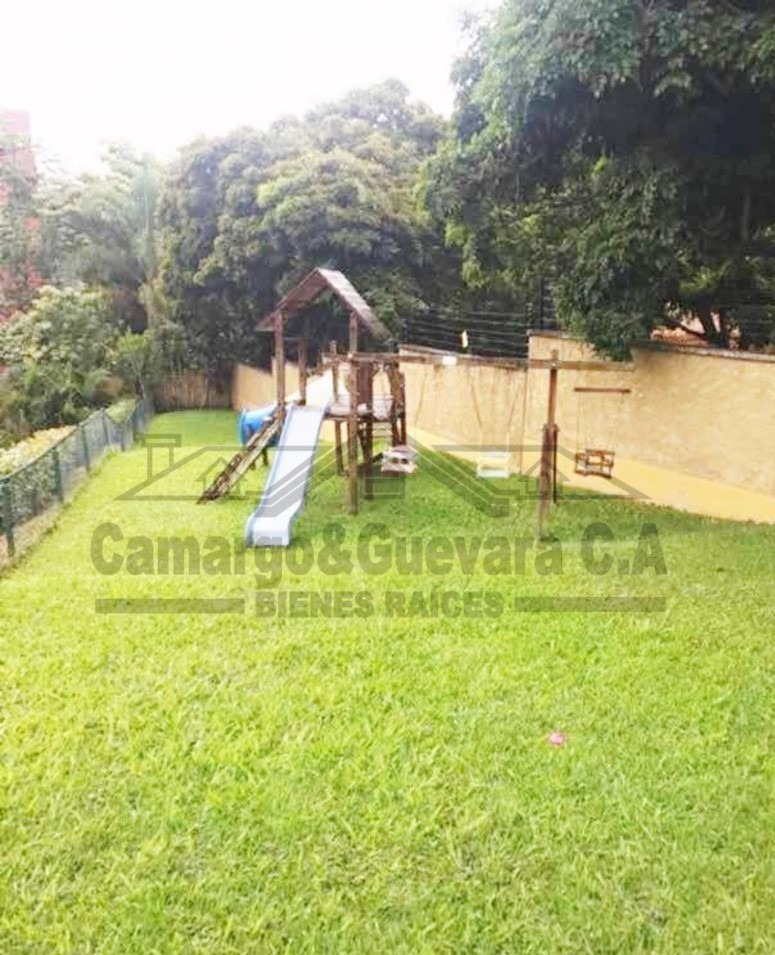 camargo&guevara bienes raíces vende exclusivo townhouse