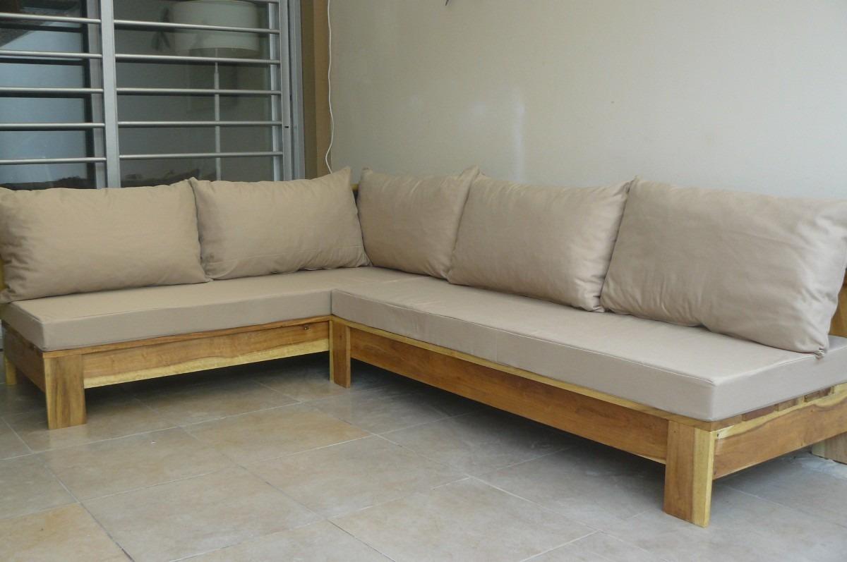 camastro de madera sillon exterior con almohadones
