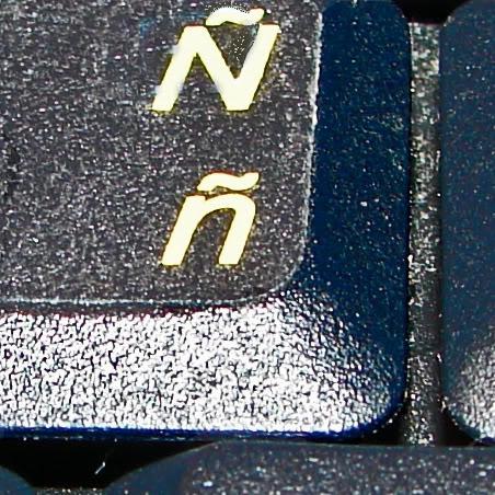 cambie idioma al teclado laptop portatil con  calcomania ñ