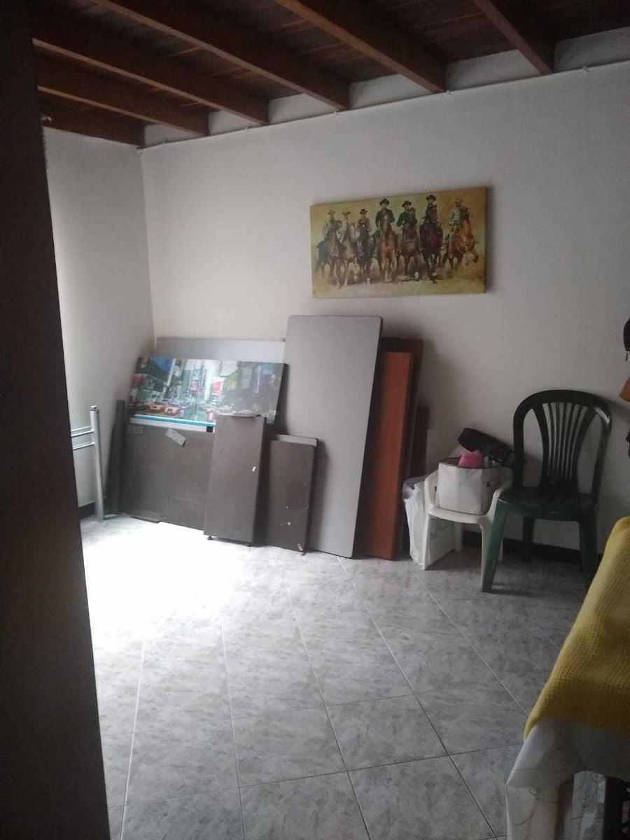 cambio apartamento tercer piso a finca