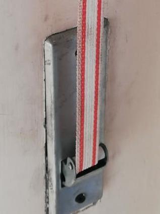 cambio de .cinta de .persiana .reparación