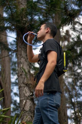 camelback bolso morral hidratación 2l unisex ecology