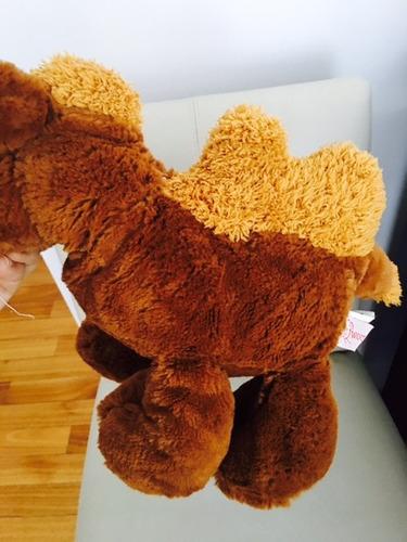 camello de peluche  25  cm - como nuevo!! super original