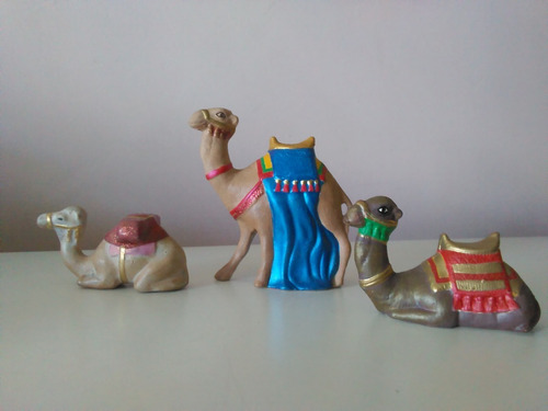 camellos de reyes magos nacimiento pesebre adorno navidad