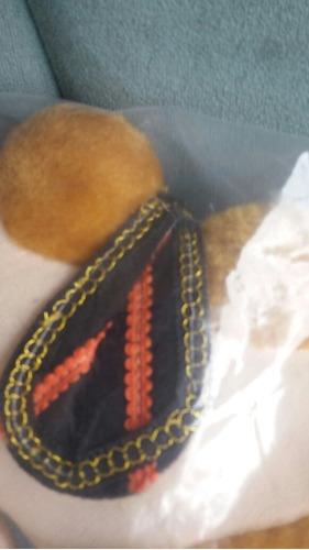 camelo de pelúcia de dubai seminovo 30 cm