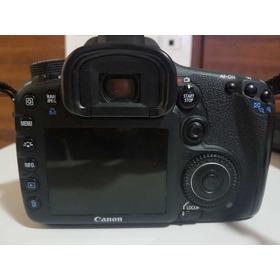 Câmera  Proficional Canon
