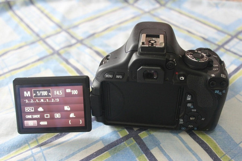 camera canon t3i com lente do kit 18-55mm