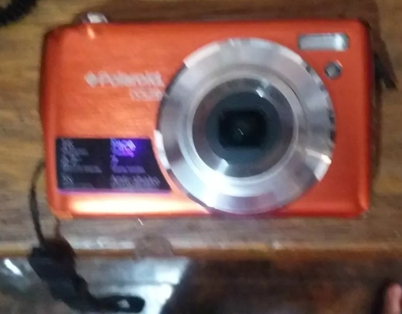 camera digital polaroid is laranja 16 mp lcd 2,7 zoom optico. Carregando  zoom. c2f134056f
