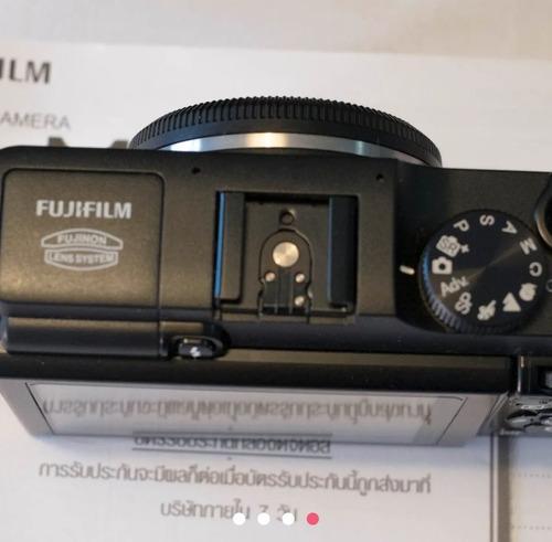 camera fuji m1