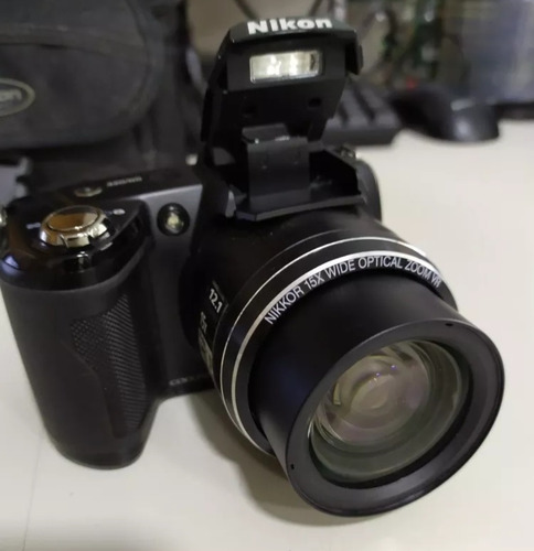 camera nikon coolpix l110 + pilhas + carreg sony pouco uso