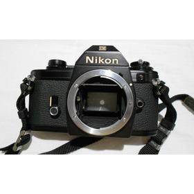 Câmera Nikon Em Analógica - Corpo