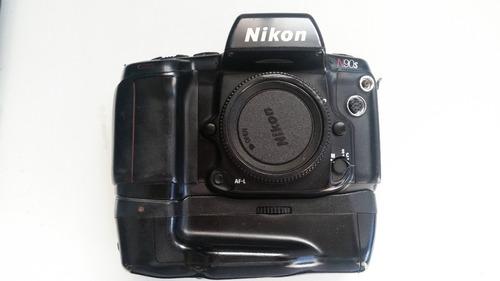 camera nikon n90s analógica com vertical grip