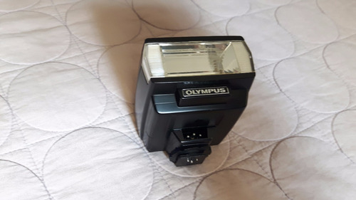 camera olimpus om-101