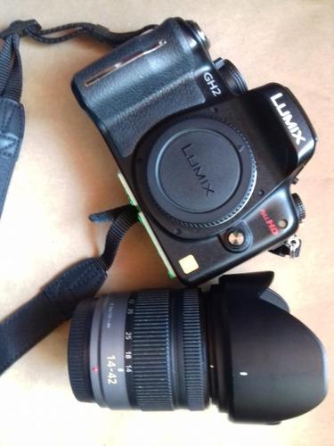 camera panasonic gh2 + lente 14-42 + 20mm excelente estado