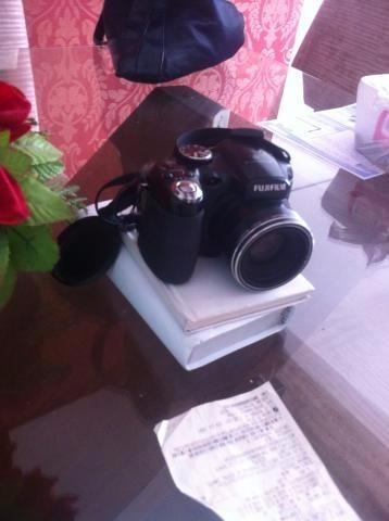 camera semi profissional fuji finepix s2800 hd zoom 18x 12mp
