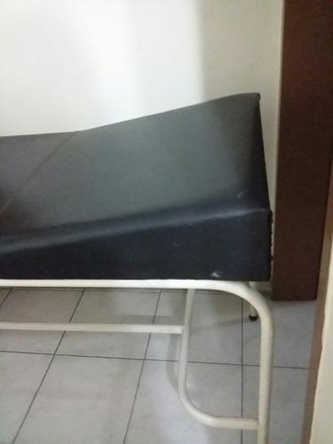 camilla para consultorio médico,  masajes, todo uso