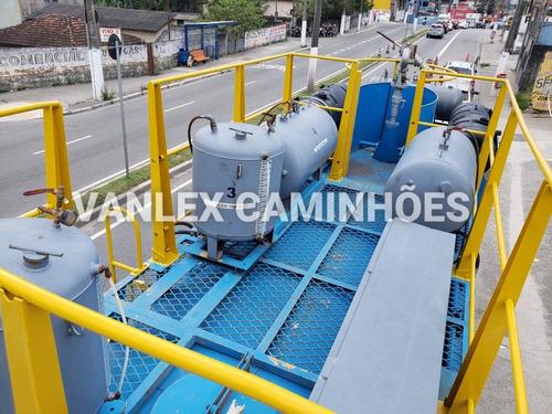 caminhao pipa 6x4 traçado vw 26260 comboio lufrificante