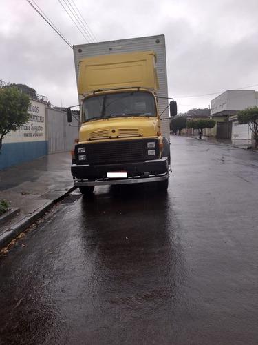 caminhão 2013 caminhões