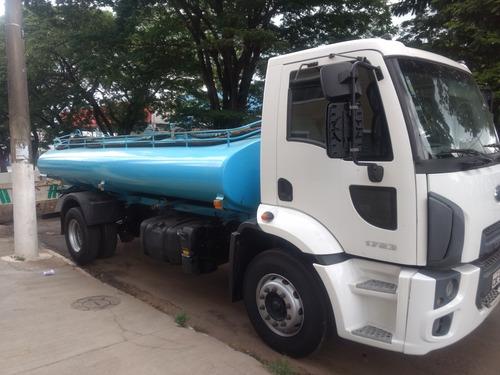 caminhão 2013 pipa toco / trucado