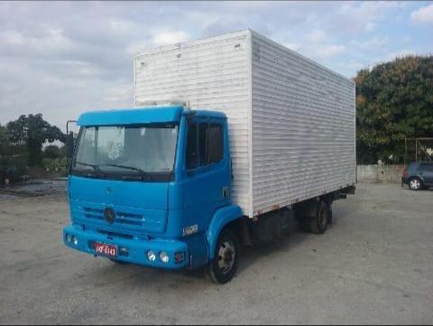 caminhão 3/4 mercedes benz 914 baú e parcelo cartão até 24x