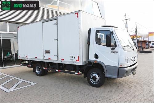caminhão accelo 2011 915 baú de alumínio grande branco 6556